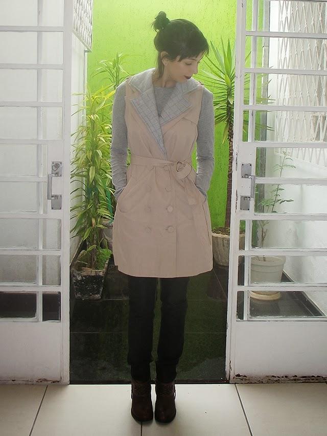 produção, look do dia, chuva de verão, trench coat, moda, estilo, cinza, bota, maria bonita, animale, calça, cholet