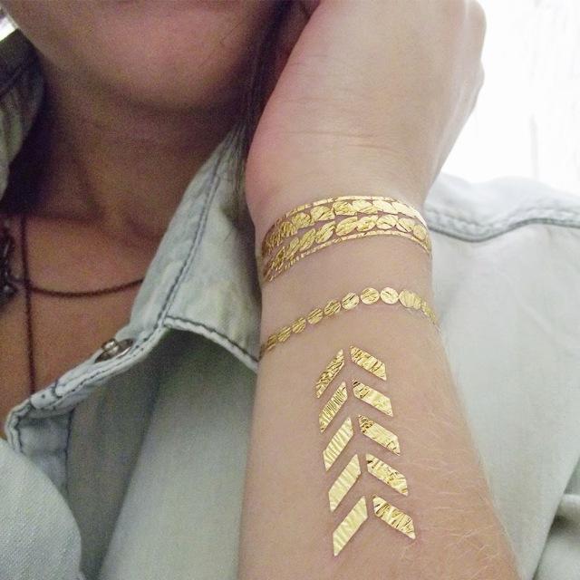 moda, modinha, tatuagem dourada, tatoo metálica, verão 2015, estilo